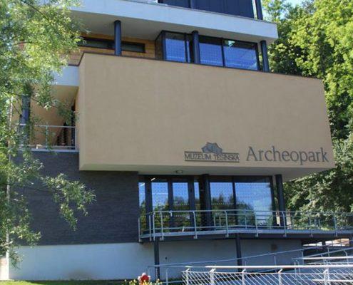 Šesťáci byli na výletě v Archeoparku v Chotěbuzi