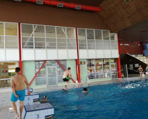 Ověřujeme plavecké dovednosti