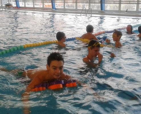 Plavecký výcvik započal